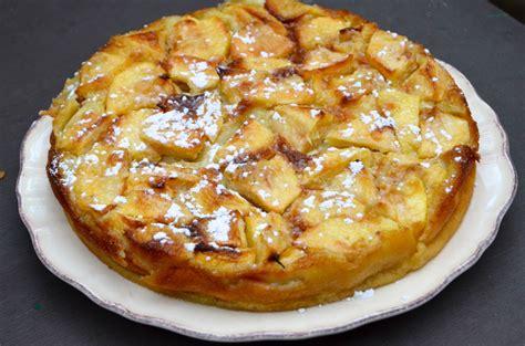 cuisine clafoutis aux pommes clafoutis aux pommes la p 39 tite cuisine de pauline