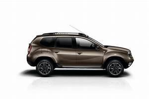 Dacia Duster Prestige 2017 : 2017 dacia duster comes with interior updates and new mechanics automotorblog ~ Medecine-chirurgie-esthetiques.com Avis de Voitures