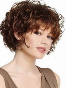 Coupe Courte Bouclée : tendances coiffurecoiffure courte bouclee femme les plus ~ Farleysfitness.com Idées de Décoration