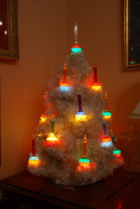 my mother worked for noma lights in kansas city and we had a real bubblight tree as a kid so