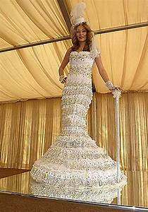 kata meeta photos world39s most expensive wedding dress With most expensive wedding dress
