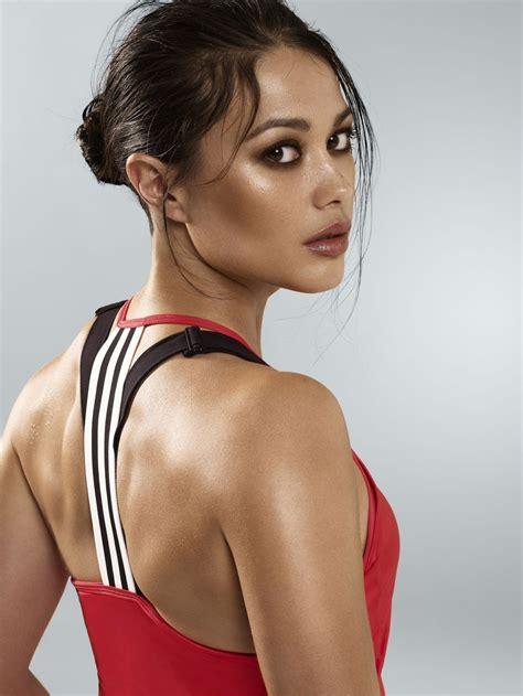 Swimwear Model Hockey Player Sam Quek Hd Photos And Wallpapers Hd Photos Female Athletes
