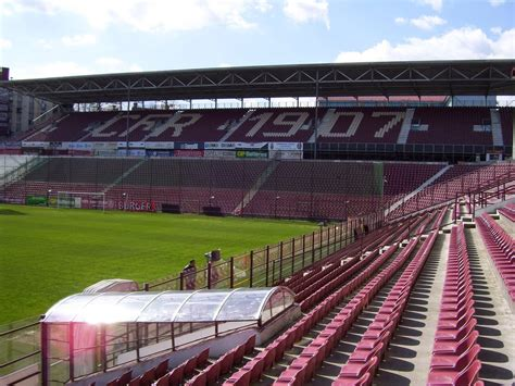But there is a problem. Live Football: Stadion Gruia - CFR Cluj Stadium