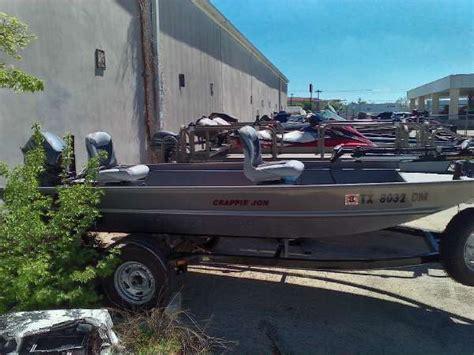 Fishing Jon Boats For Sale by 2016 Used Alumacraft Crappie Jon Freshwater Fishing Boat