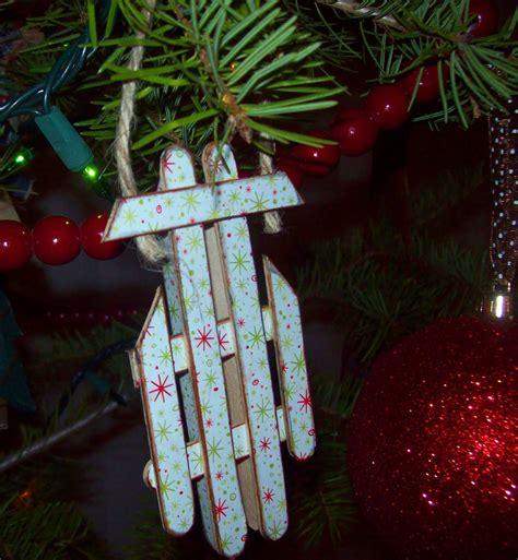 easy popsicle stick sled ornament allfreeholidaycraftscom