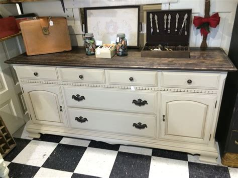 ethan allen dresser   refinished top  painted