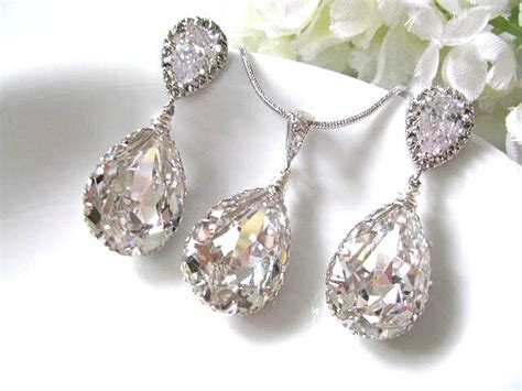 Pear Drop Swarovski Crystals In White Gold Bridal Earrings