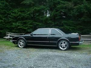 352simon 1988 Oldsmobile Delta 88 Specs  Photos