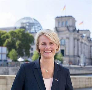 Anja Bill Würzburg : groko kabinett abgeordnete karliczek soll ~ Watch28wear.com Haus und Dekorationen