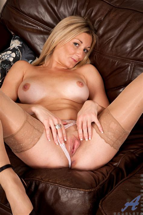 freshest mature women on the net featuring anilos scarlet hot cougars