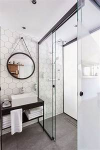 Papier Peint Pour Salle De Bain : papier peint salle de bain harmonie avec carreaux de salle ~ Dailycaller-alerts.com Idées de Décoration