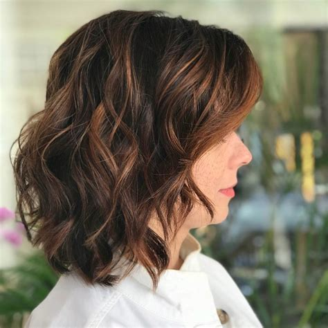 Bright Bob Hairstyles by 40 Gorgeous And Easy Medium To Shoulder Length Bob Haircuts