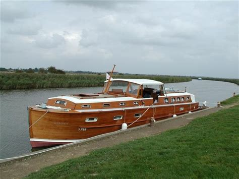 Wooden Speed Boats For Sale Uk by 497 Best Images About Wooden Boats On Boat
