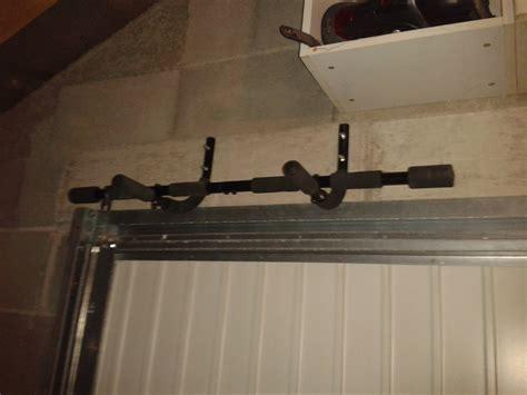 barre de traction a fixer au plafond fixer barre de traction