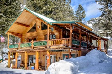 Yellowstone Cabin by Cabin Rental In West Yellowstone Montana