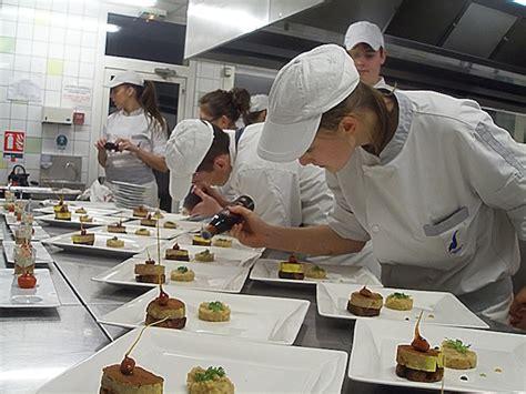plonge cuisine cuisines restaurants hôtel lycée notre dame de nazareth