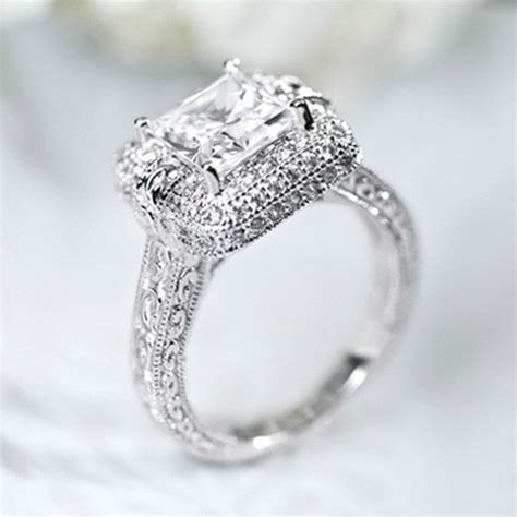 vanna   bella luce ring  sterling silver