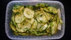 Dillsauce Einfach Schnell : gurkensalat mit zitrone und dill sommerfrisch und blitzschnell zubereitet ohne mist ~ Watch28wear.com Haus und Dekorationen