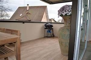 Balkon Fliesen Holz : feinsteinzeug holzoptik balkon kreative ideen f r innendekoration und wohndesign ~ Sanjose-hotels-ca.com Haus und Dekorationen