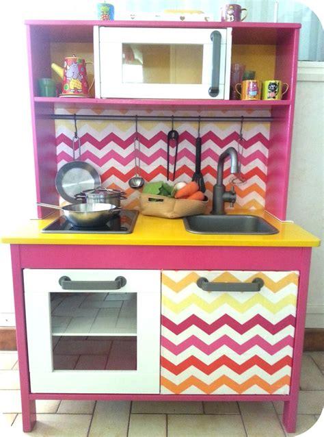 cuisine ikea duktig mini cuisine duktig pour petites filles girly play