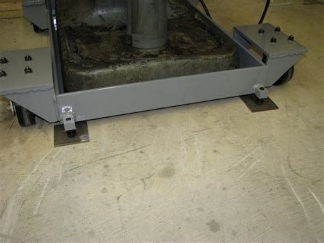 Rolling stand for Bridgeport