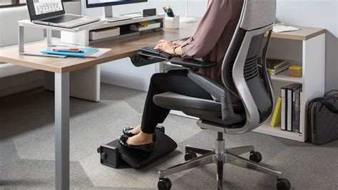 under desk foot stool footrest ergonomic desk support steelcase
