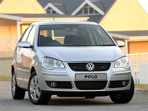 The sixth generation of the popular hatchback will rival the likes of the ford fiesta and vauxhall corsa. VOLKSWAGEN Polo 5 Doors specs & photos - 2005, 2006, 2007 ...