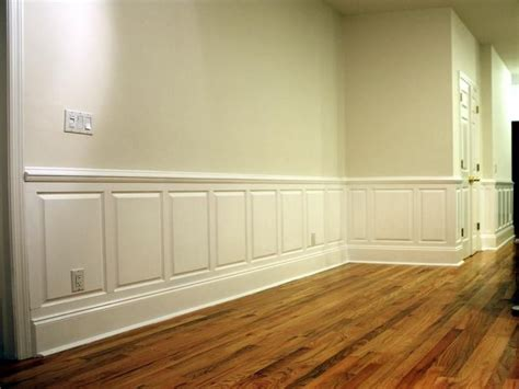Wainscoting Panels Lowes by White Raised Panel Wainscoting Wainscot