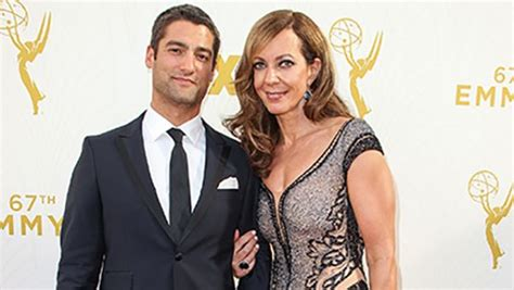 allison janney career allison janney reveals leaving career for a boyfriend on