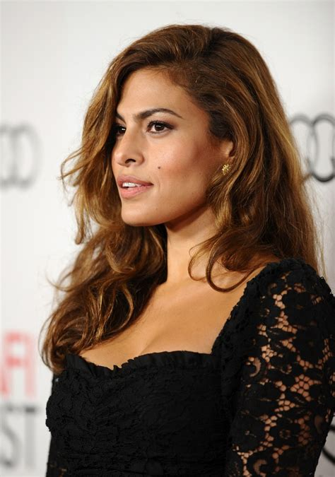 Eva Mendes Hot Stills