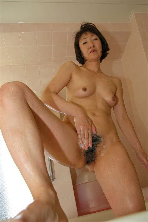Japanese granny Yukiko Ishii plays with sex toys until her ...