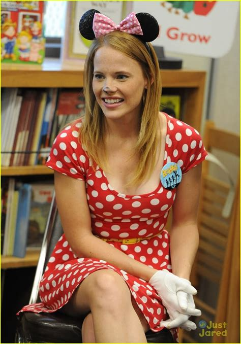 hot pictures  katie leclerc  expose  sexy