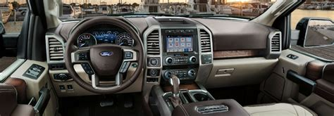 list  standard  features    ford