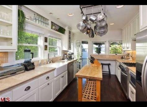notting hill narrow kitchen islands