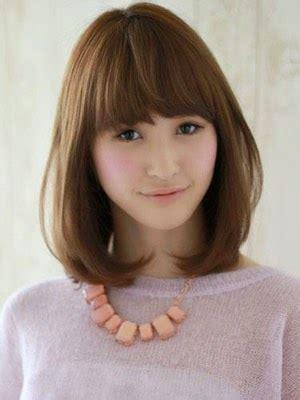 memilih model rambut pendek wanita  pria  segi