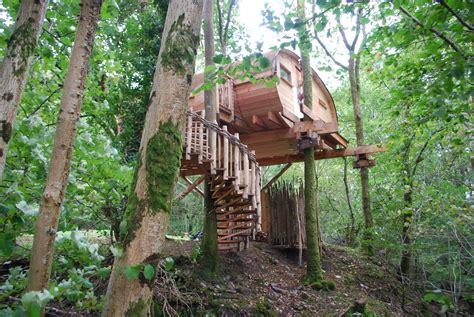 Living Room Treehouse, Powys