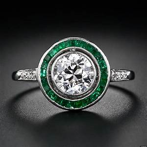 Emeralds the hottest engagement ring trend for 2013 for Emerald and diamond wedding ring