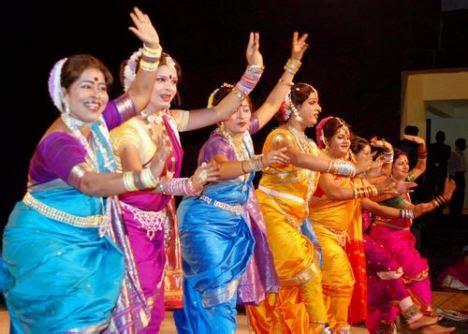 lavni maharastra folk dance girls indian folk dance