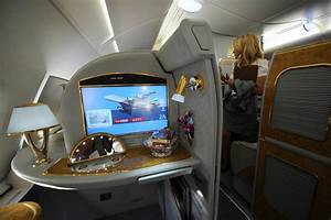 First Class Living : emirates airlines airbus a380 popsugar smart living ~ Markanthonyermac.com Haus und Dekorationen