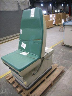 used exam tables for sale used midmark 405 015 exam table for sale dotmed listing