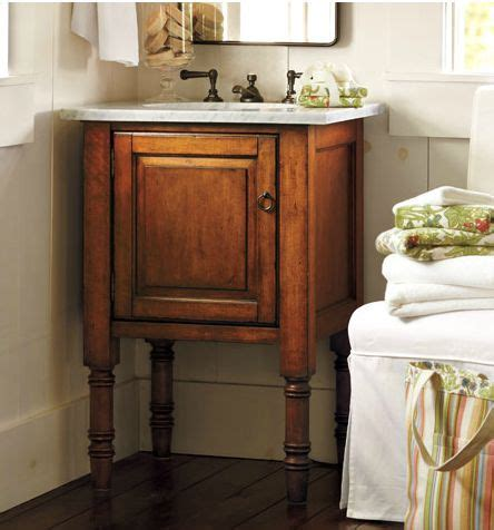 Bathroom Vanities For Small Spaces by 1000 Ideas About Small Bathroom Sinks On