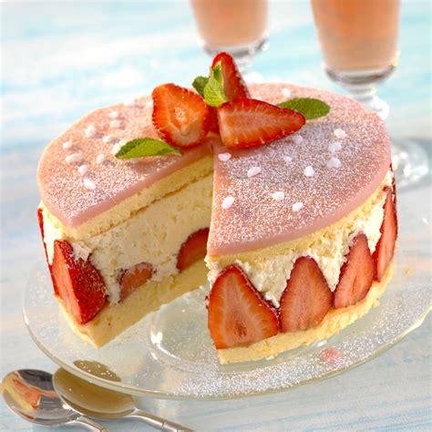cuisine plus recette fraisier classique recette sur cuisine actuelle
