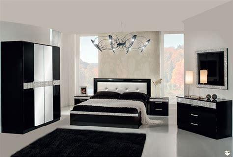 chambre noir armoire chambre noir laque maison design modanes com
