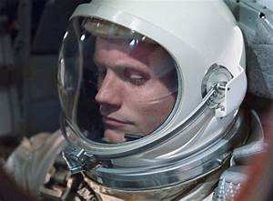 Neil Armstrong 1930-2012 / The Superslice