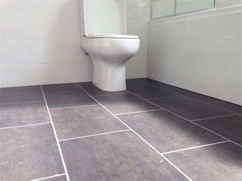 bathroom flooring vinyl ideas stunning vinyl bathroom flooring uk ideas lentine marine