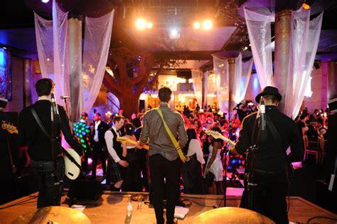 Charming Deet #222 Live Band Or Dj?  Shay Lynne Weddings