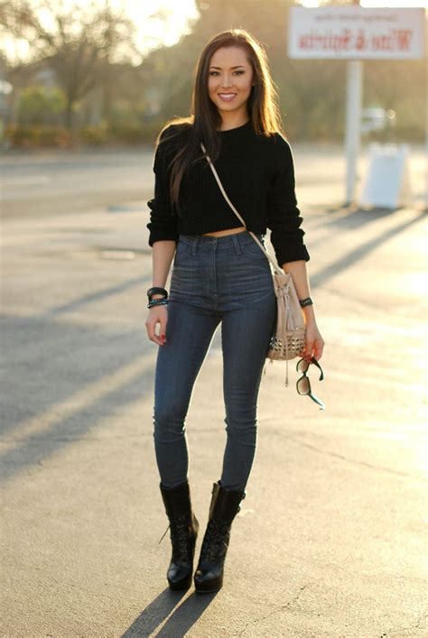 sweaters to wear with trendy ways to wear cropped sweaters 2018 fashiongum com
