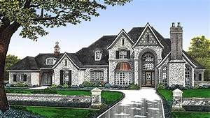 Luxury Home Plan With Parking Court
