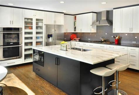 comptoir de cuisine noir plan de cuisine en marbre plan de travai marbre plan de travail pour cuisine d ete