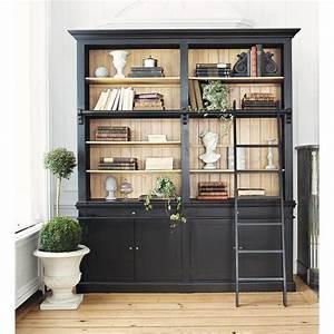 Bücherregal Mit Leiter : b cherregal aus kieferholz mit leiter schwarz versailles maisons du monde ~ Watch28wear.com Haus und Dekorationen